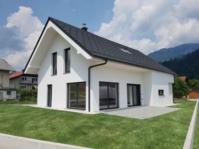 Hiša 152-1